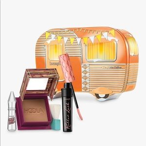 NWT Benefit I'm Hotter Outdoors Set